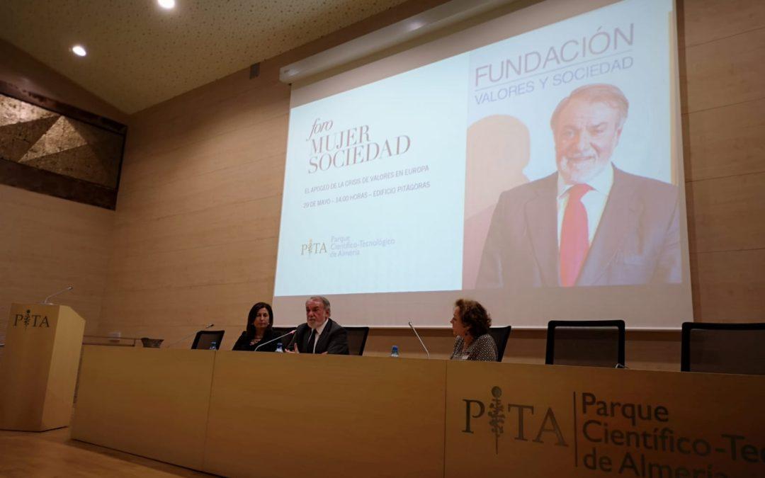 Jaime Mayor Oreja habló sobre la necesidad de regeneración de la Unión Europea